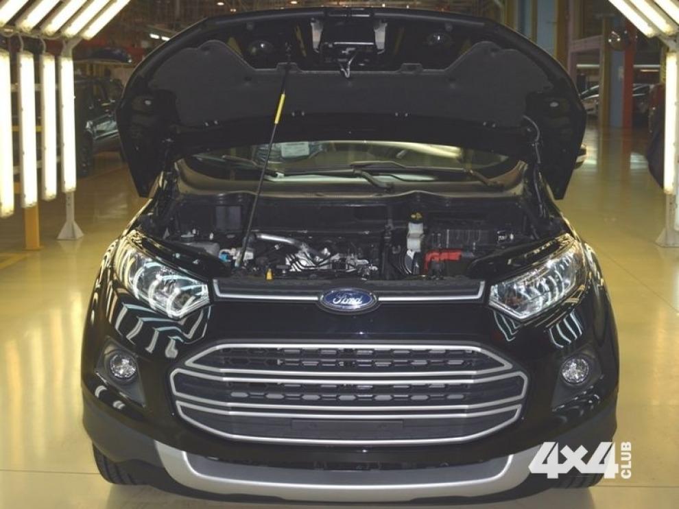 Ford EcoSport получил российский мотор