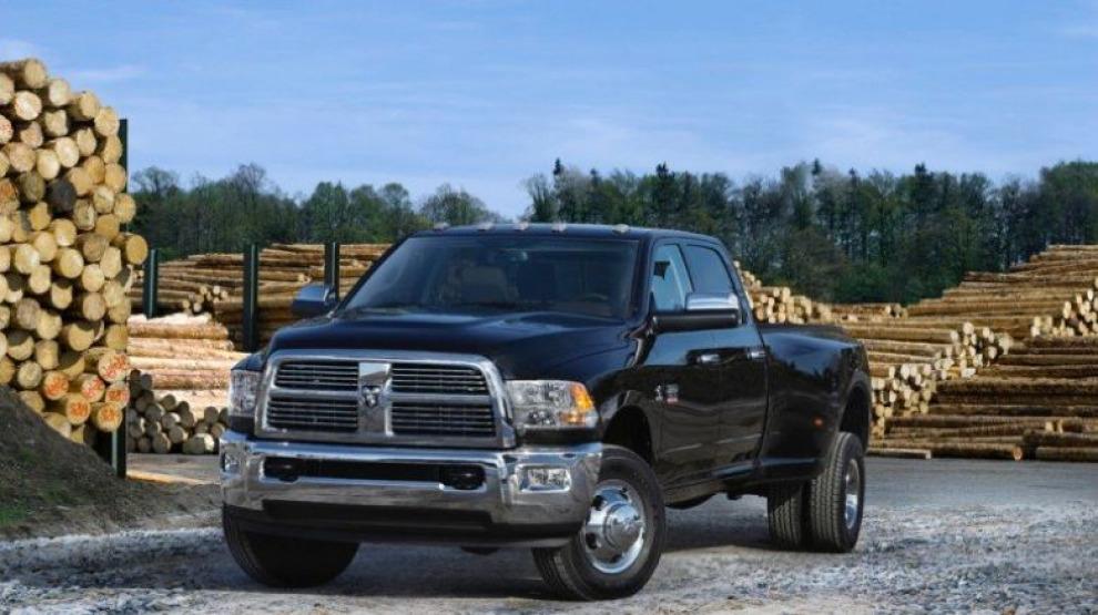 Fiat Chrysler придется выкупить у владельцев полмиллиона пикапов RAM и заплатитьм многомиллионный штраф