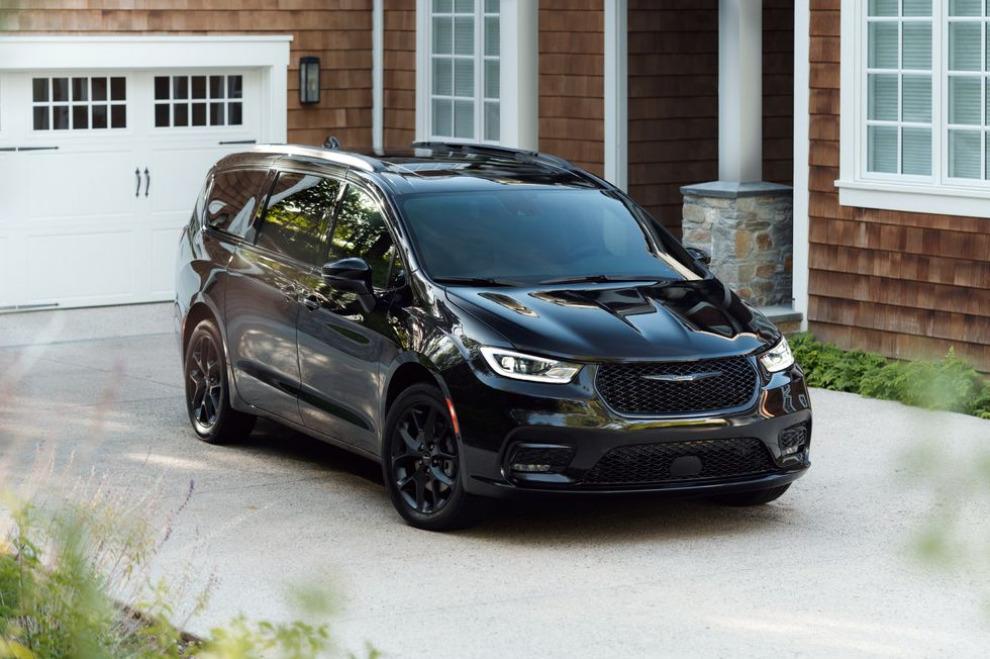 Новый Chrysler Pacifica наконец-то получит полный привод