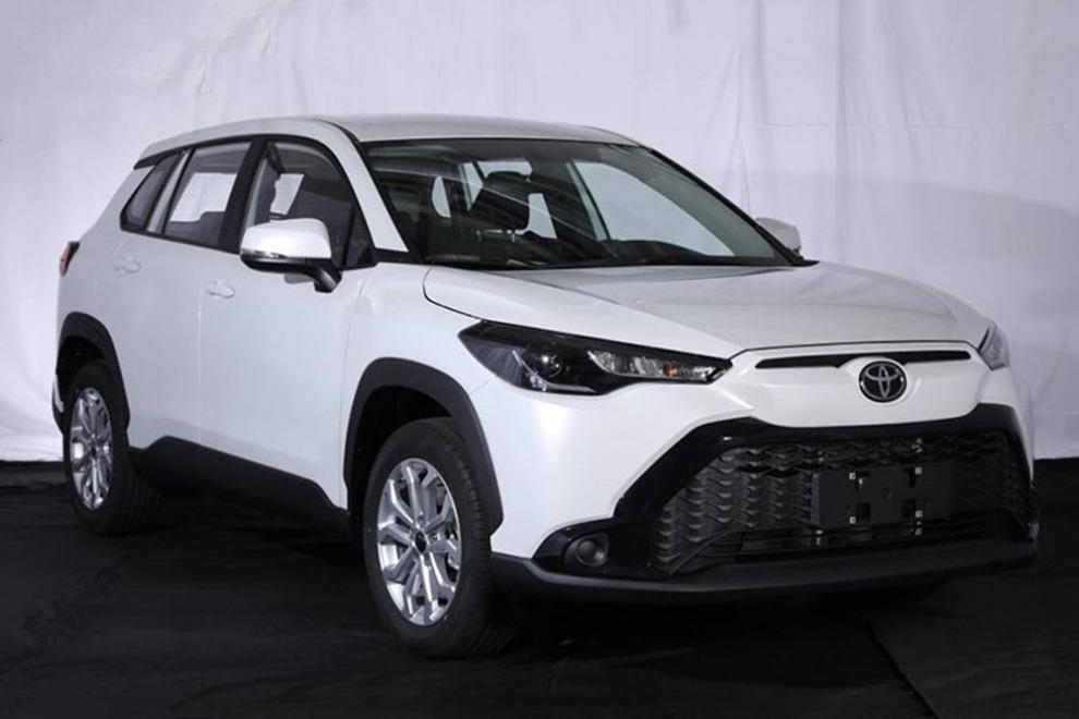 Новый кроссовер Toyota Frontlander раскрыли полностью