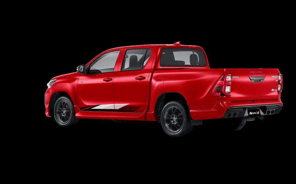Toyota сделала из пикапа Hilux заводской лоу-райдер
