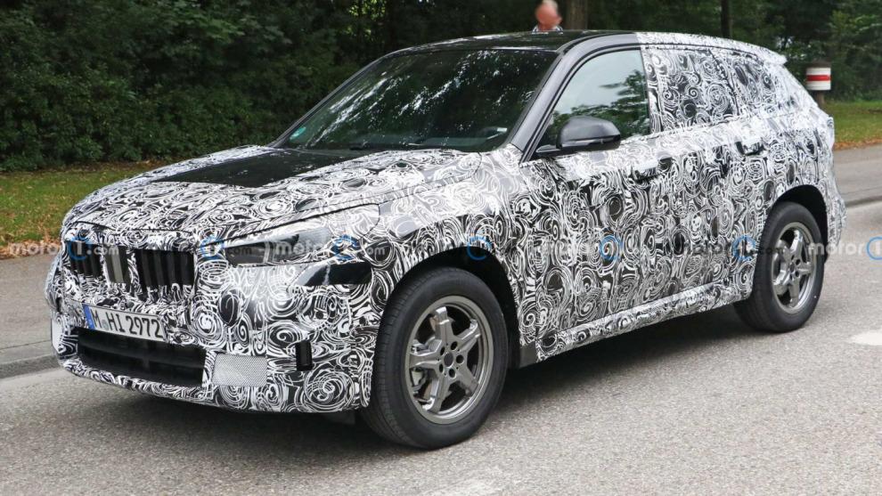 Новый BMW X1 получит цифровую приборную панель в стиле электрокара iX