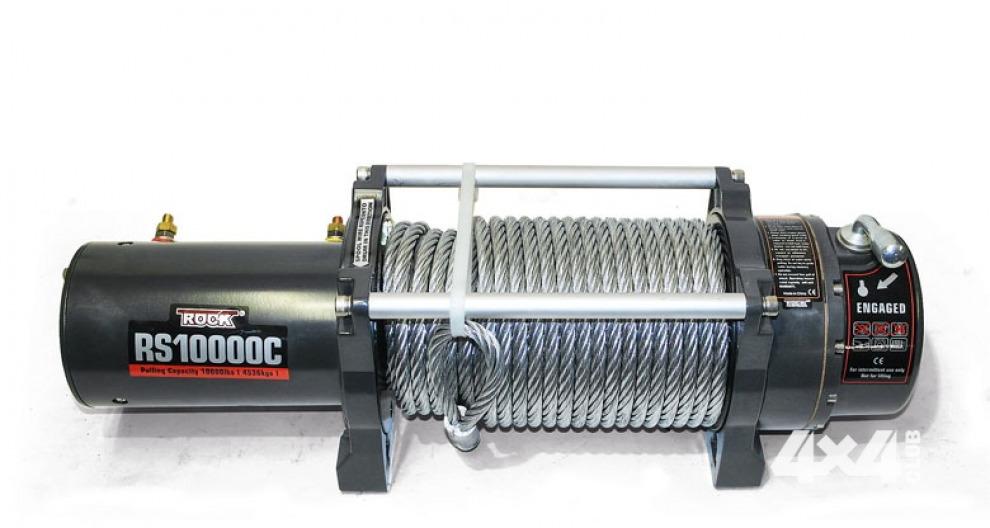Лебёдка RockWinch RS10000C соответствует имиджу, который создаёт её упаковка