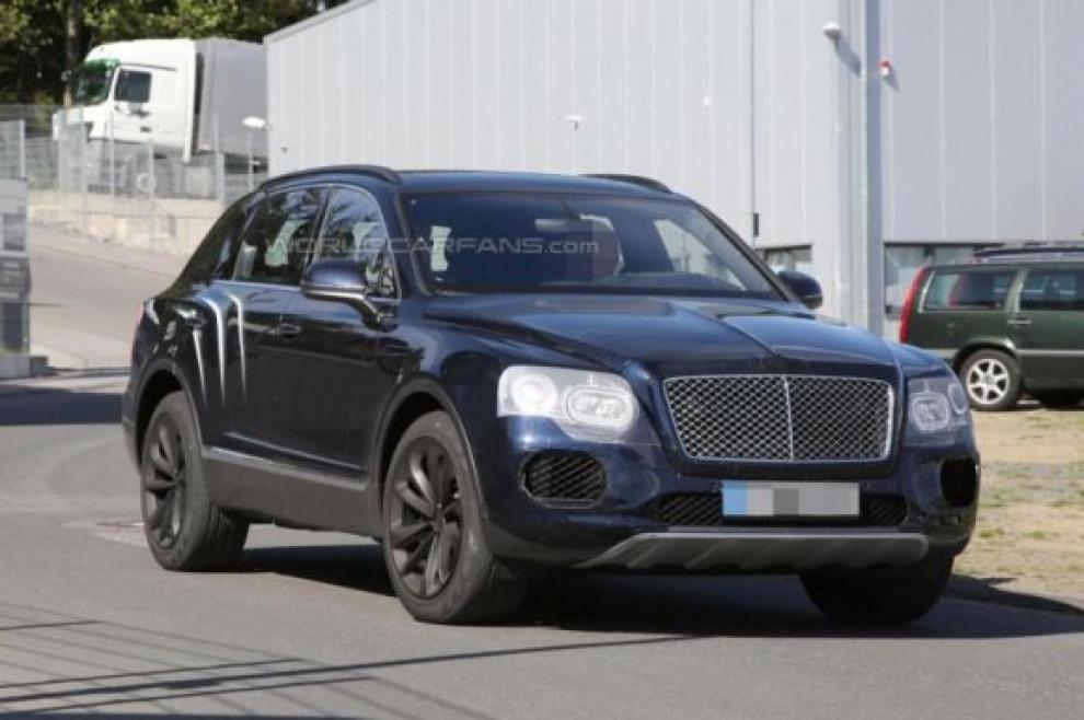 Bentley Bentayga замечен  во время испытаний на Нюрбургринге