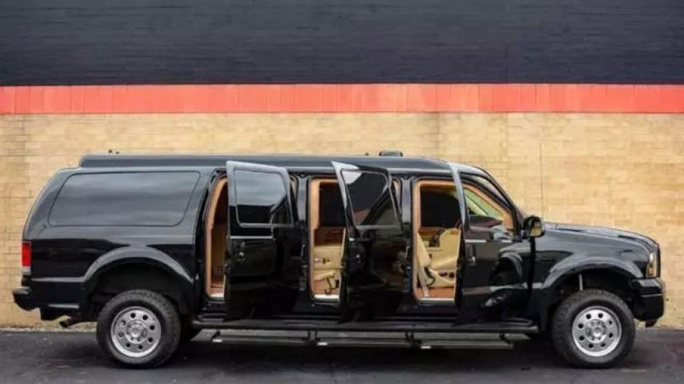 Королевский Ford Excursion Limited