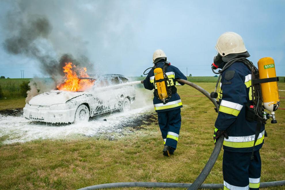Что делать, если машина загорелась