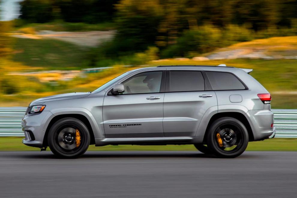 Jeep Grand Cherokee Trackhawk не доживёт до конца года