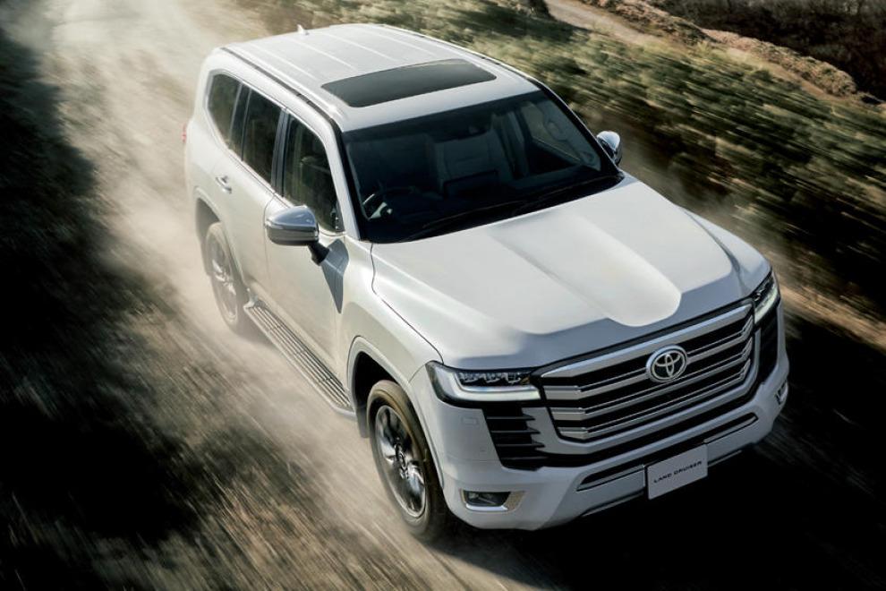 Плохие новости для покупателей Toyota Land Cruiser 300