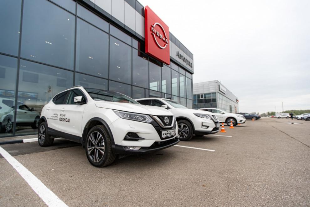 Nissan открыл дилерский центр в новой концепции