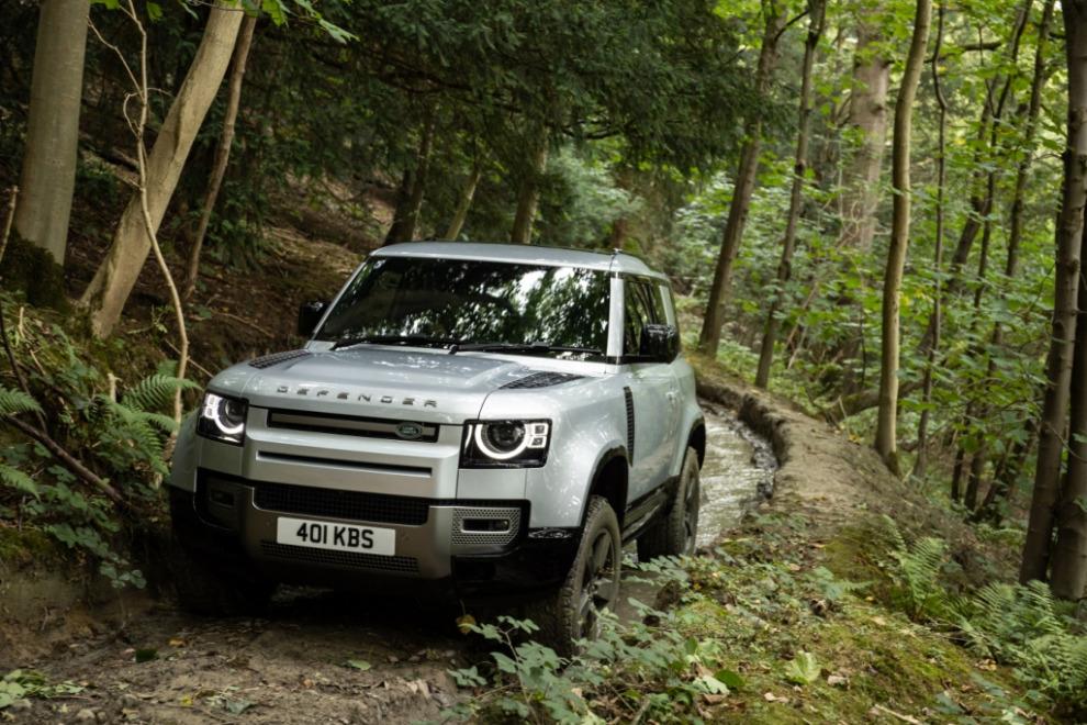 Land Rover сертифицировал в России лебедку для Defender