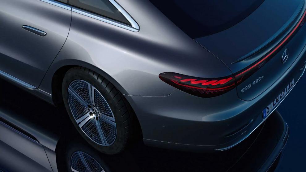 Разворот за деньги: Mercedes решил извлечь дополнительную выгоду из поворота колёс