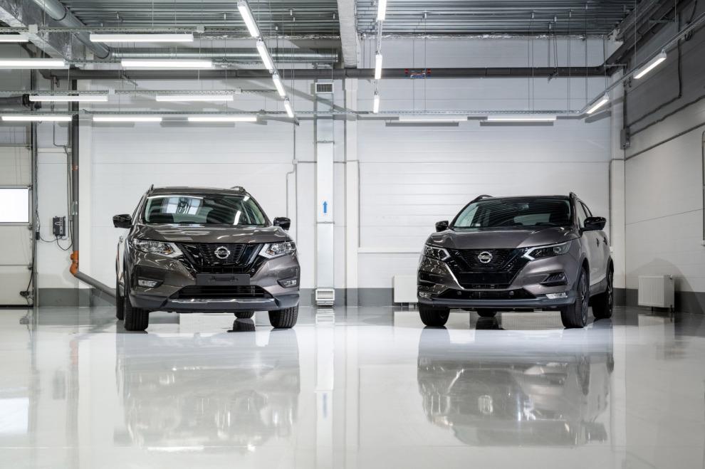 Чёрные Nissan Qashqai и X-Trail в исполнении N-Design оценили в 2 108 000 и 2 427 000 рублей соответственно