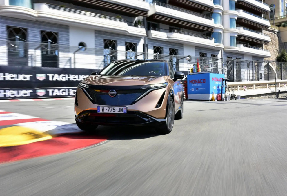 Nissan Ariya на трассе в Монако