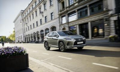 Lexus начал продажи специальной версии RX Black Vision