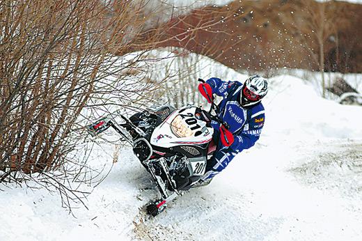 Открывая сезон. Что и как ломают снегоходчики?