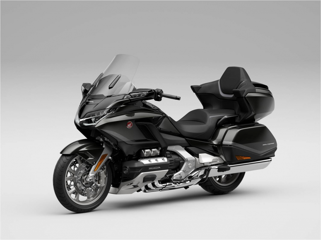 Honda обновила культовый мотоцикл. Его уже можно купить в России