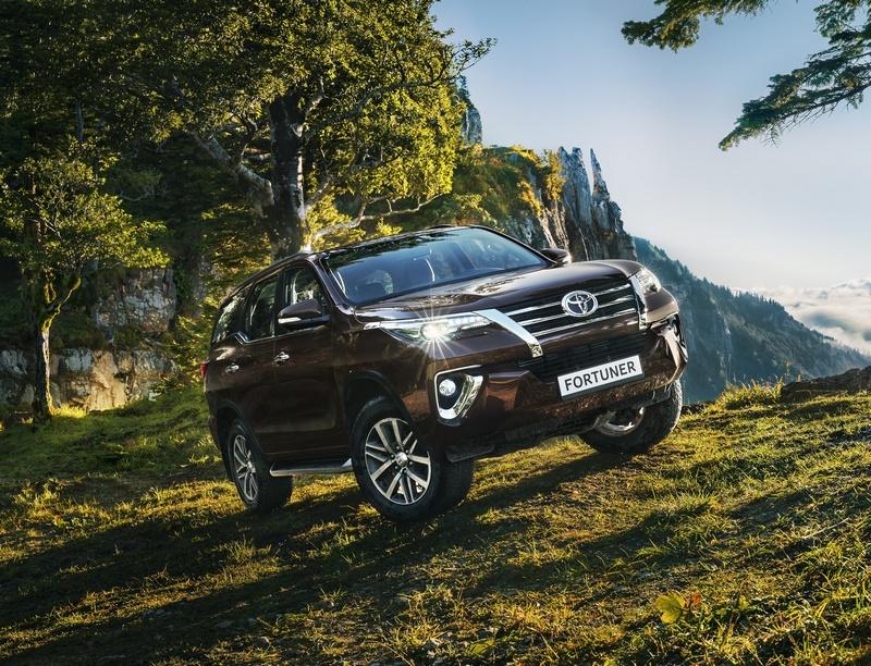Toyota отзывает Fortuner и Hilux из-за проблем с тормозами
