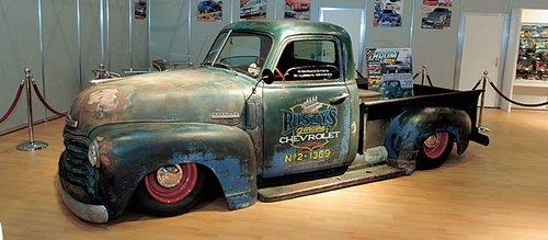 «Лоу-райдер» Chevy в стиле «рэт» («крыса») – своего рода панк