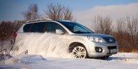 Осваиваем принципы езды по снегу и льду