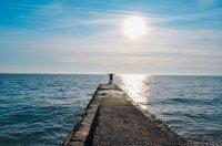 Мягкий климат, Черное море, озеро Рица, древние монастыри, гостеприимные люди – это Абхазия