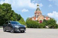 Трехлитровый Mitsubishi Outlander доставил нас в бывшую столицу Касимского ханства