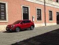 Fiat показал первую официальную фотографию своего компактного кроссовера