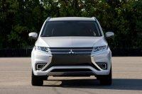 Mitsubishi привезет в Париж Outlander PHEV Concept-S