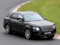 Внедорожник Bentley замечен на Нюрбургринге