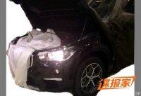 Новый BMW X1 приоткрыл «лицо»