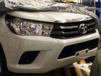 В сети появились фотографии нового поколения Toyota Hilux