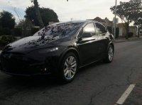 Первый кроссовер Tesla Model X сфотографировали во время тестов