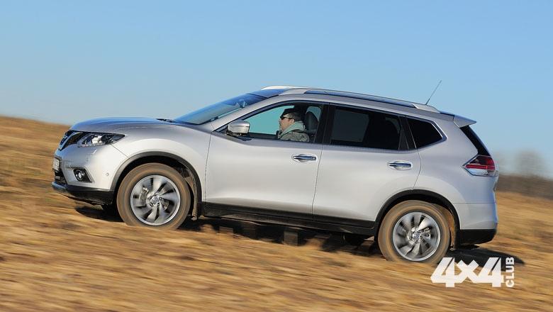 Новый Nissan X-Trail сменил имидж и оброс полезными электронными помощниками