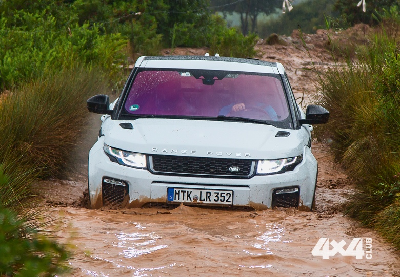 Тест-драйв нового Range Rover Evoque